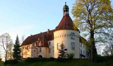 Pažintinė kelionė į Latviją. Alyvų žydėjimo šventė 2