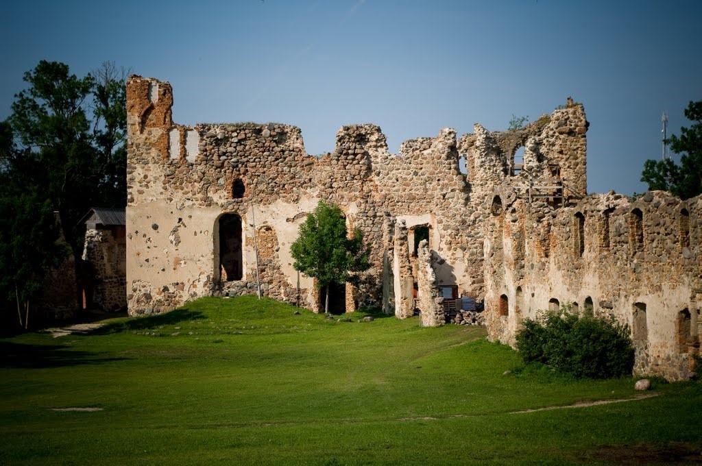 Latvijos dvarų ir pilių pavilioti - pažintinė kelionė į Latviją 6