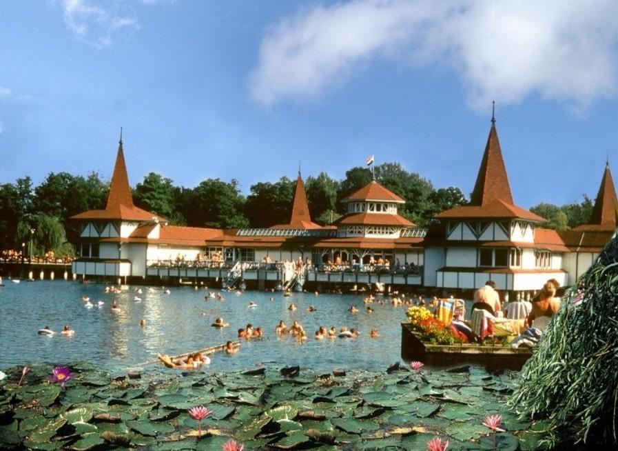 Vengrijos žavesys ir svaiginanti Balatono ežero ramybė - pažintinė kelionė į Vengriją 3