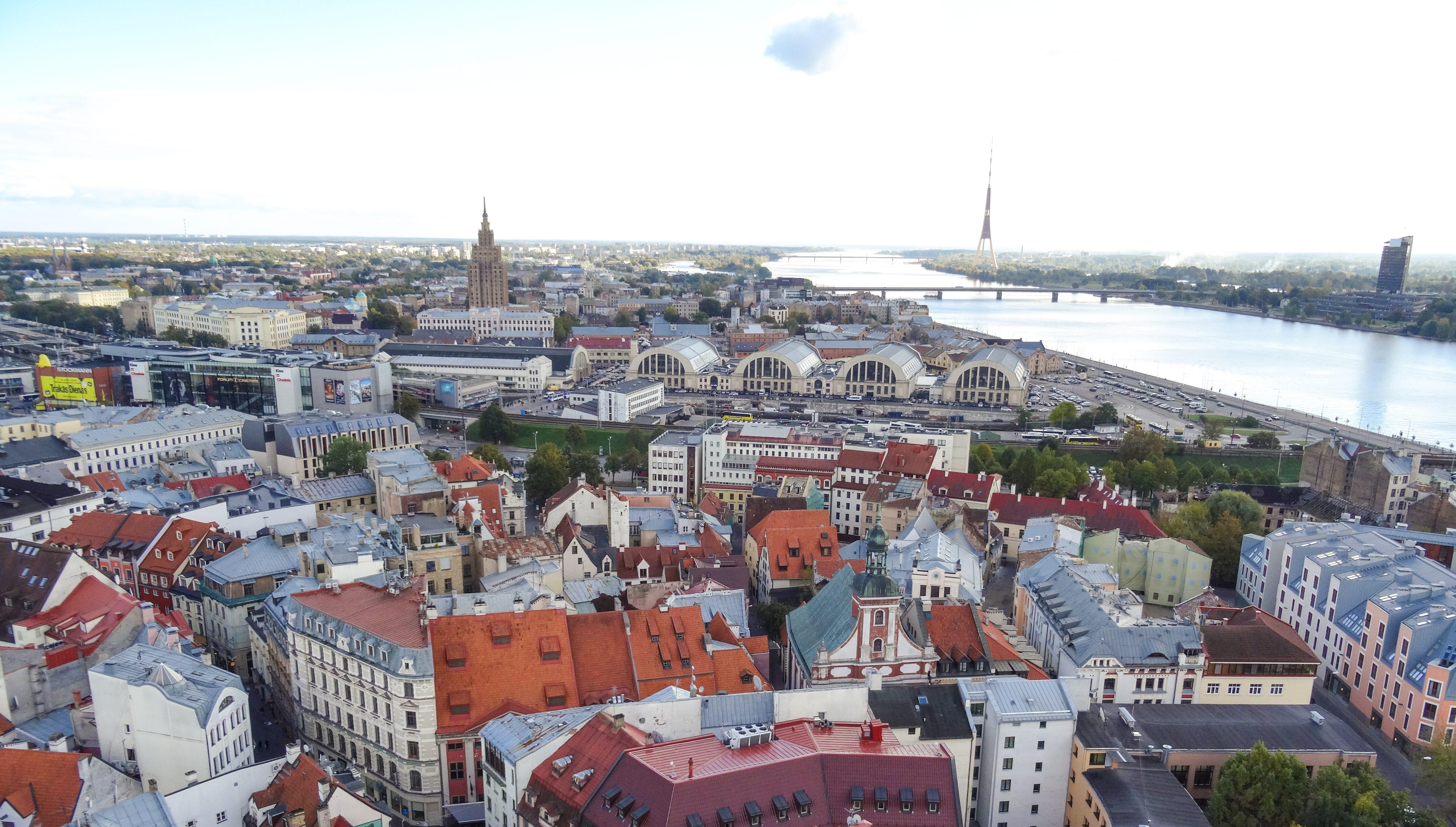 Pažintinė kelionė į Latviją. Viduramžiškas Jaunpilis, Latvijos sostinė bei Jūrmalos kurortas